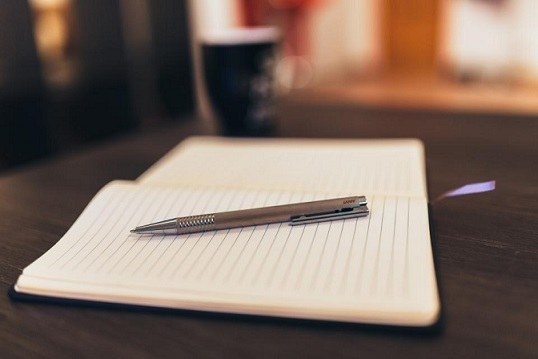 5 Tips for Writing a Memorable Artist Statement