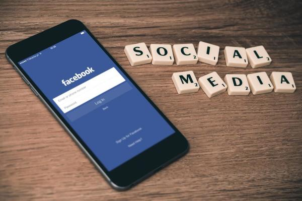 Quick Tip: How to Save Time on Social Media