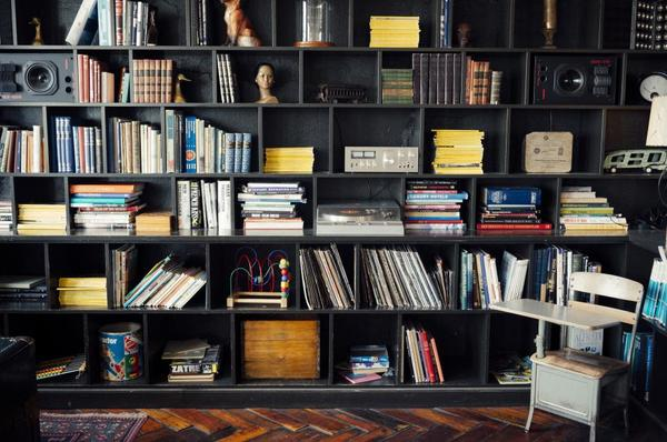 7 Brilliant Business of Art Books You Need to Read