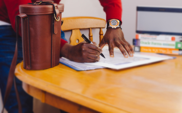 How to Create a Commission Contract for Artists